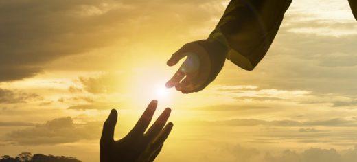 Caminando con Jesús de la mano